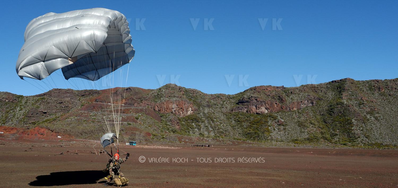 Le 2 saute sur le volcan © Valérie Koch - Tous droits réservés
