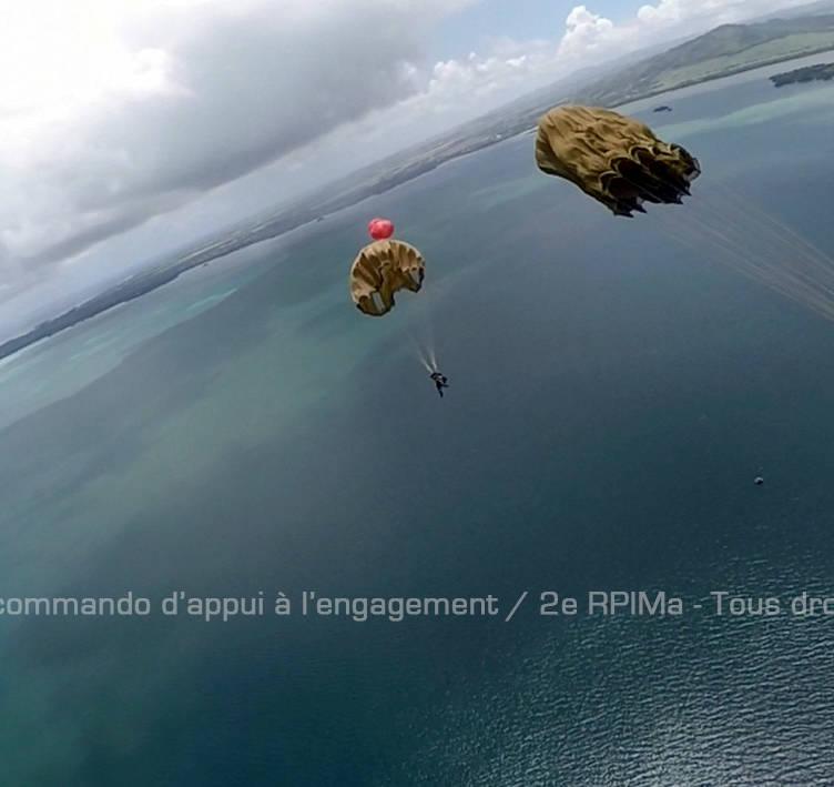 Le GAM déroule son système aérolargable © SCAE/GAM/2e RPIMa