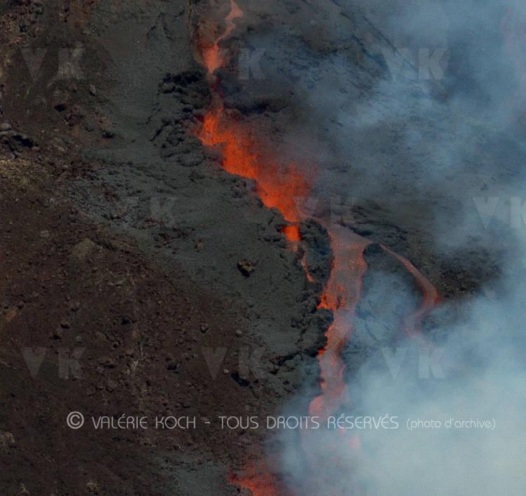 La Fournaise en éruption © Valérie Koch - Tous droits réservés