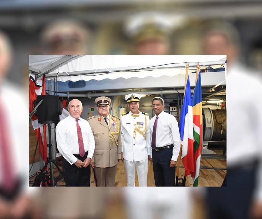 La MDN pour les chefs militaires seychellois © Thomas Meriton (Seychelles News Agency)