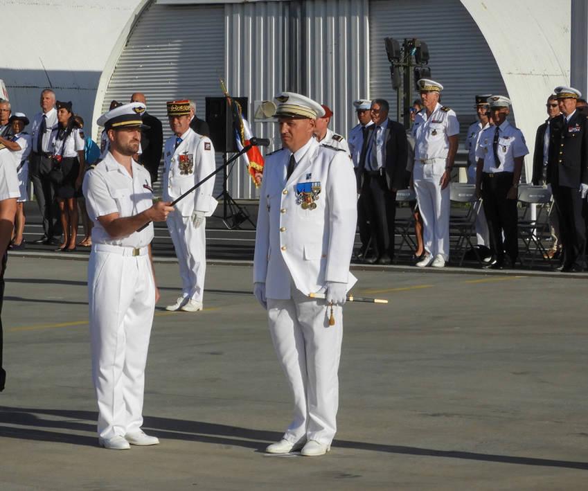 Passation de commandement à l'ET 50 Réunion © DA 181