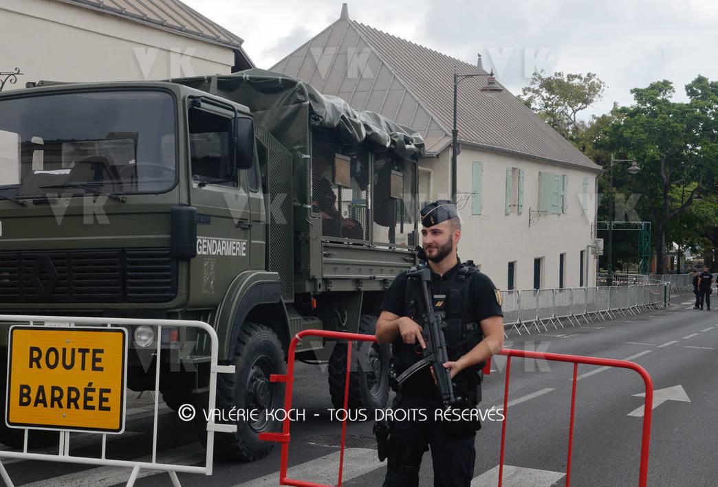 Escadrons de mobiles pour la visite présidentielle © Valérie Koch - Tous droits réservés