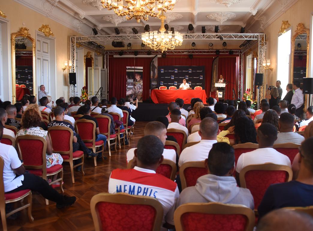 50 jeunes de La Réunion ont signé © ADJ Audrey / FAZSOI