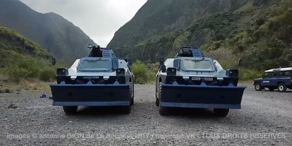 Les VBG dans la rivière des Galets © AGIGN de La Réunion - TOUS DROITS RÉSERVÉS